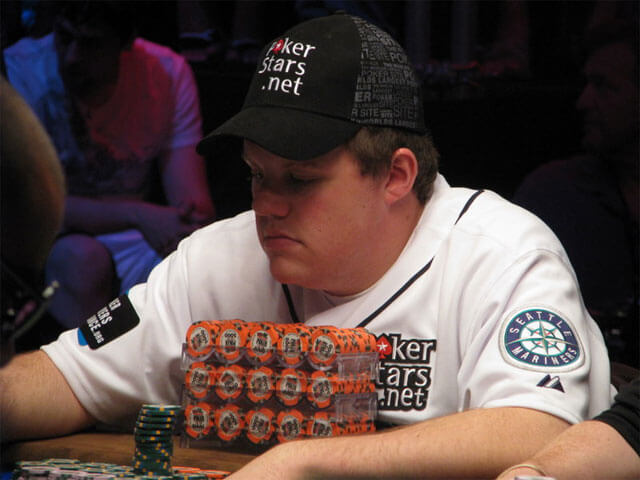 WSOP 2010 Main Event Tag 9 Poker Highlights Video
